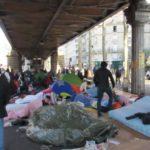 Bürger sind verzweifelt über die unhaltbaren Zustände: Illegale campieren in den Straßen von Paris.