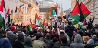 Islamische Anti-Israel und –Trump-Demonstration vor der US-Botschaft in Wien-Alsergrund.
