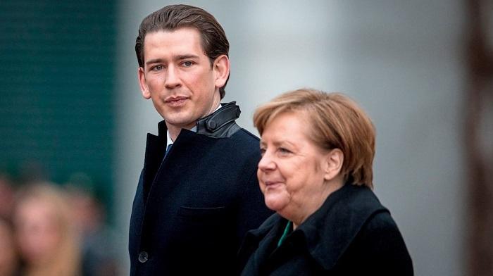 Kurz lässt Merkel gleich zweimal uralt aussehen