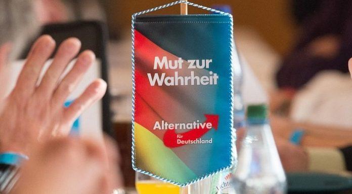 T-shirt Um Das KöRpergewicht Zu Reduzieren Und Das Leben Zu VerläNgern Fck Afd Fuck Afd Gegen Nazis Anti Afd Musik