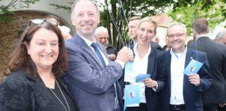 Alice Weidel in Philippsburg mit Dr. Rainer Balzer (2.v.l.) und Marc Bernhard (r.).