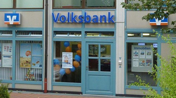 Volksbank Raiffeisenbank-Filiale in Dachau.