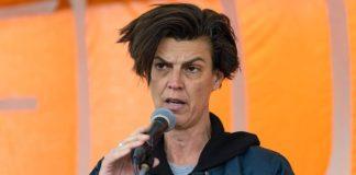 """Carolin Emcke auf dem Grünen-Parteitag: """"Es wird sicher wieder von Elite gesprochen werden. Und vermutlich werden es dann nicht die Juden und Kosmopoliten, nicht die Feministinnen und die Virologen*innen sein, vor denen gewarnt wird, sondern die Klimaforscher*innen."""""""