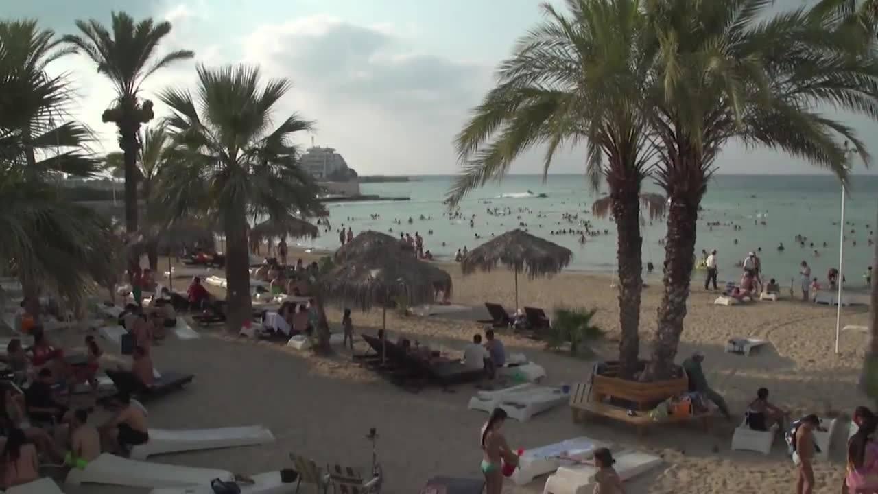 Video: Strandurlaub in Syrien – Idylle im Frieden