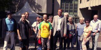 Ein Teil der insgesamt 40 Bürger, die am 18. August Zeugen des Schauprozesses vor dem Münchner Amtsgericht wurden.