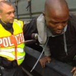 Polizeieinsatz gegen Illegale am Bahnhof München.
