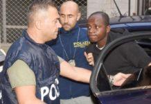 Der Kongolese Guerlin Butungu nach seiner Verhaftung.
