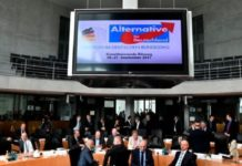 Die neue AfD-Bundestagsfraktion zeigt sich geschlossen: 93 Bundestagsabgeordnete kamen am Dienstag vollzählig zur konstituierenden Fraktionssitzung.