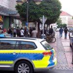 """Hier in der Göttinger Innenstadt fand die Massenschlägerei statt. Das Bild sagt alles.... """"Dunkler Teint""""."""