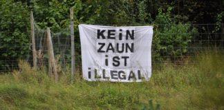 Protest-Plakat an der B 22 kurz vor Bayreuth.