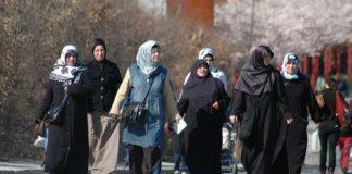 Nur die AfD kann die von Merkel gewollte Islamisierung Deutschlands noch stoppen.