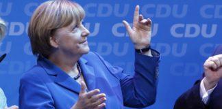 Angela Merkel freudetrunken nach ihrem Wahlsieg 2013. Im September könnte ihr die AfD einen Strich durch die Rechnung machen.