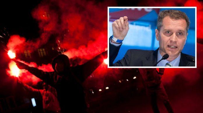 Der bayerische AfD-Landesvorsitzende fordert, den DGB durch den Verfassungsschutz beobachten zu lassen.