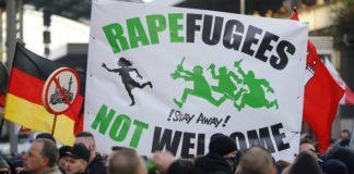 Demo gegen Rapefugees 2016 in Köln.