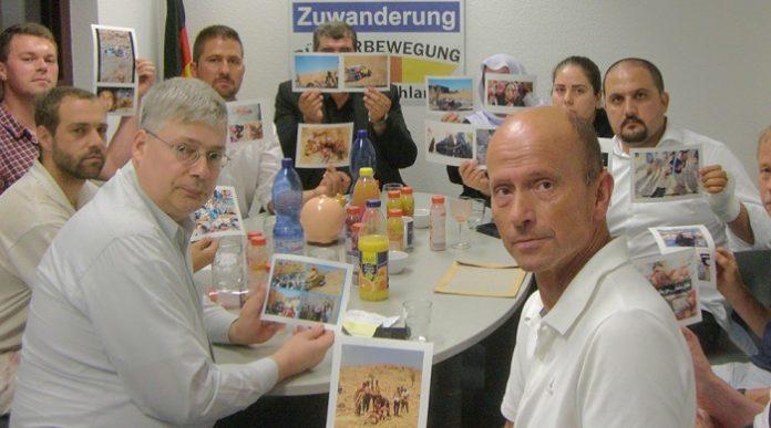 Jesiden aus dem Irak zu Besuch bei pro Deutschland im Jahr 2014.