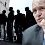 """Österreichs Innenminister Sobotka warnt: """"90% der Migranten wandern in Mindestsicherung ein."""""""